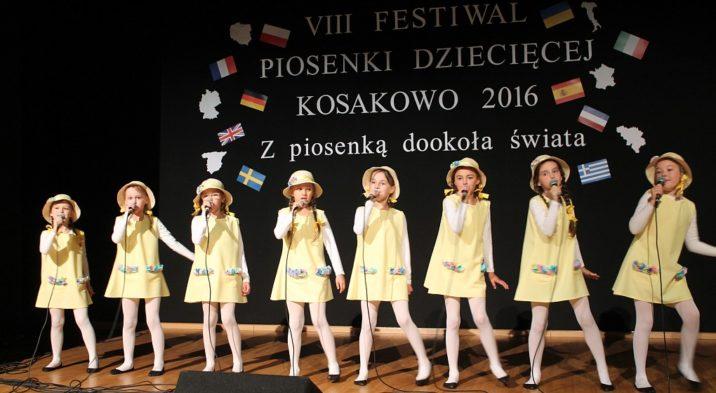 """IX Festiwal Piosenki Dziecięcej ,,Błękitna Melodia – Z piosenką na fali"""""""