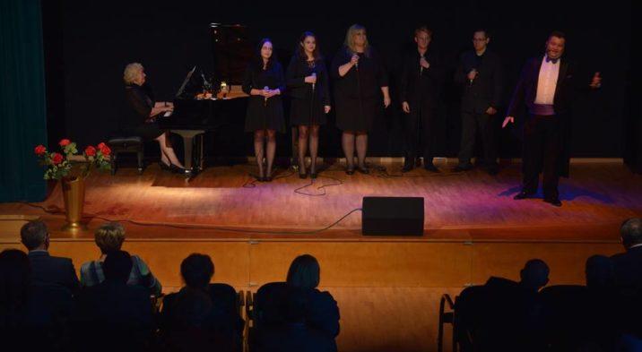 Muzyczne pożegnanie lata w Gminnym Domu Kultury w Pierwoszynie